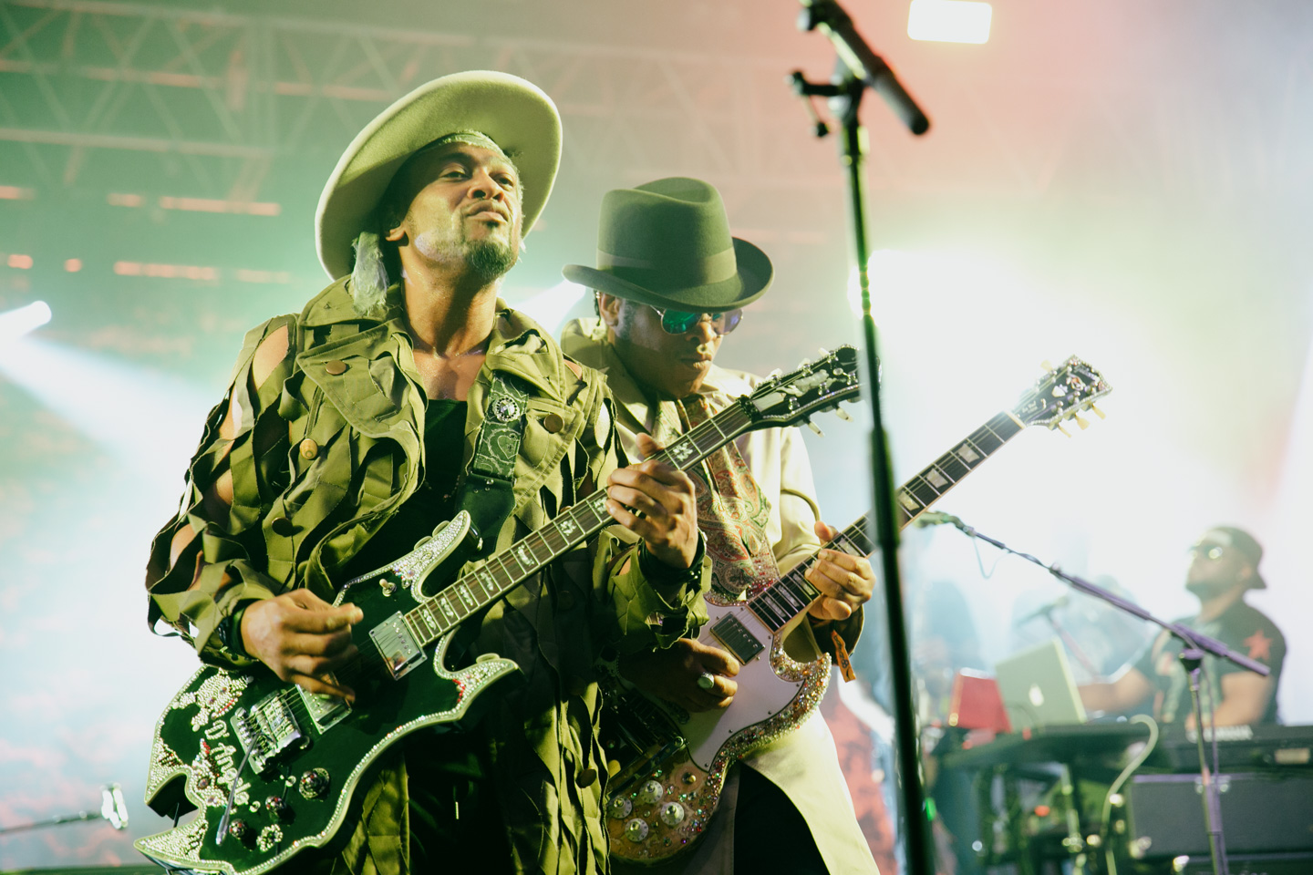 D'Angelo and the Vanguard at Bonnaroo 2015